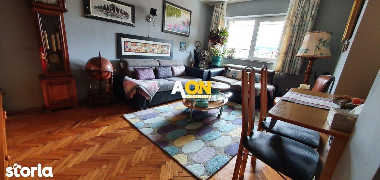 Apartament 3 camere, 70mp, cu Balcon