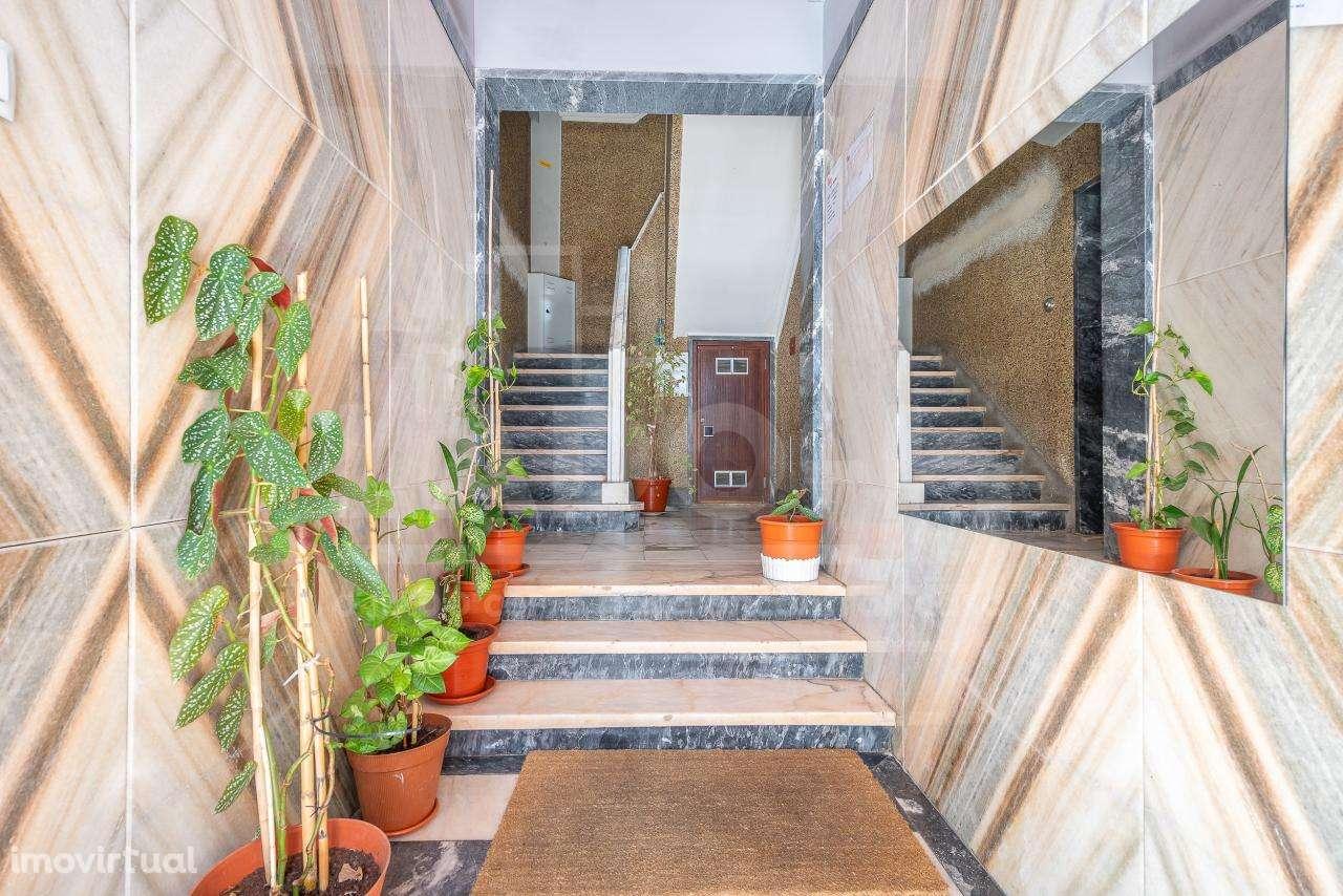 Apartamento para comprar, Carnaxide e Queijas, Lisboa - Foto 15