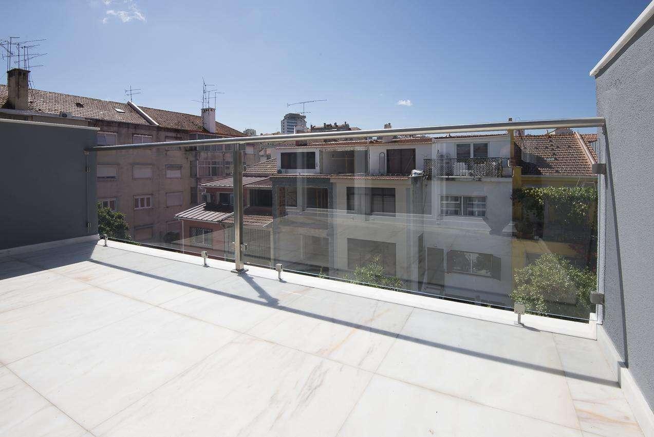 Moradia para comprar, Alvalade, Lisboa - Foto 2