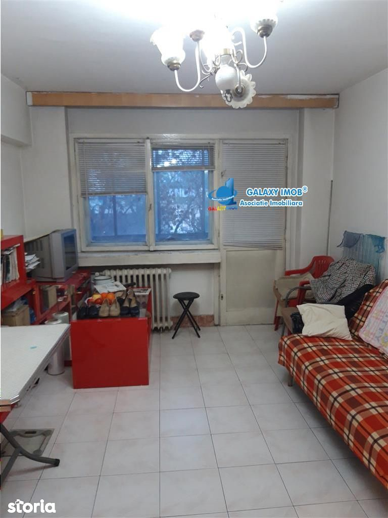 Apartament 3 camere decomandat Bucur Obor