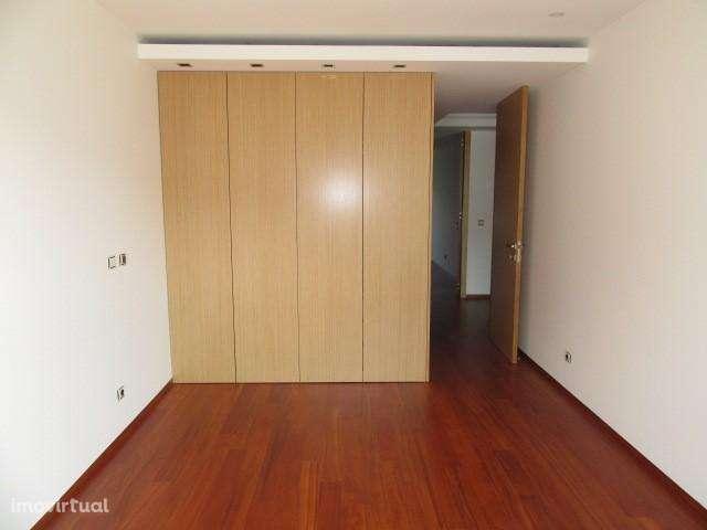 Apartamento para comprar, Viana do Castelo (Santa Maria Maior e Monserrate) e Meadela, Viana do Castelo - Foto 6