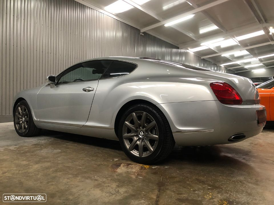 Bentley Continental GT 6.0L W12 - 3