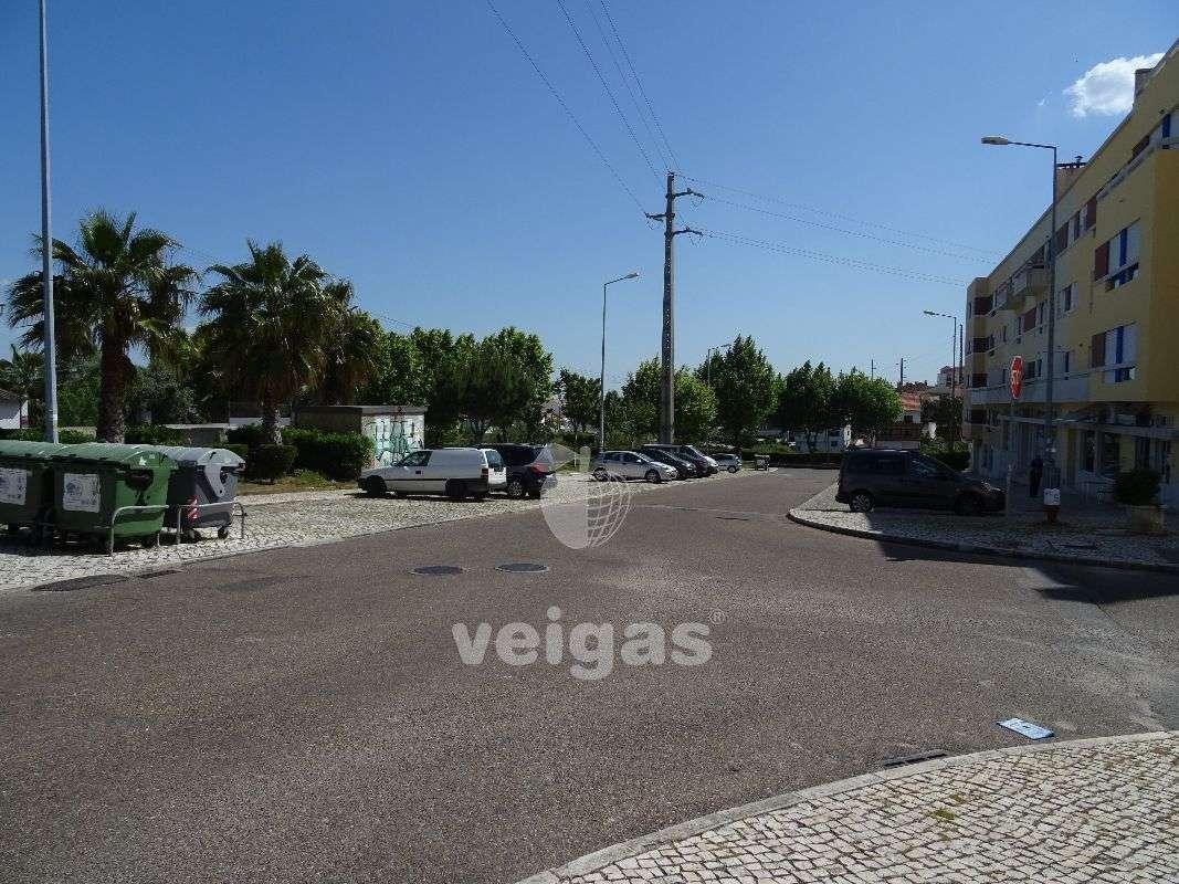 Loja para arrendar, Santa Iria de Azoia, São João da Talha e Bobadela, Lisboa - Foto 8