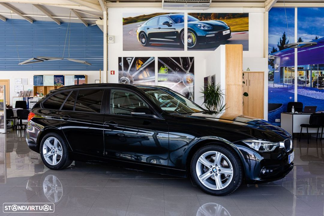 BMW 318 d Touring Ultimate Auto - 32