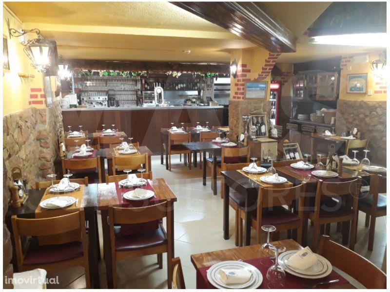 Trespasse Restaurante na Costa da Caparica