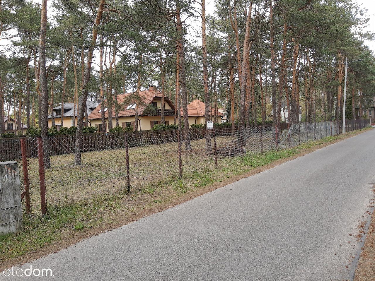 Żarki Letnisko działka leśna budowlana nad basenem