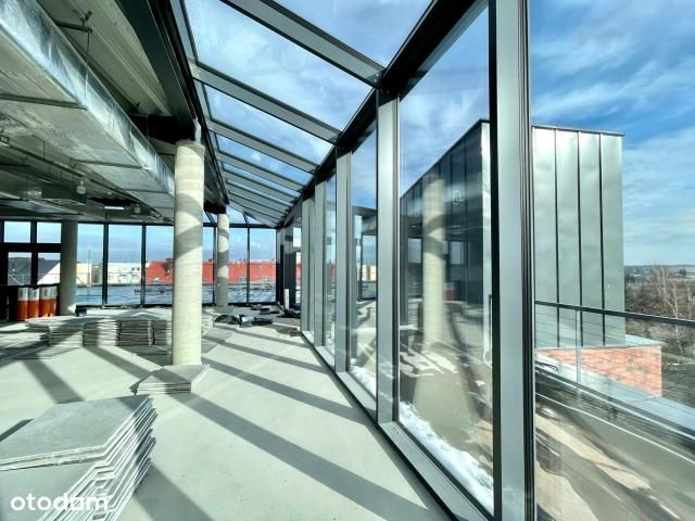 Open space z 2 tarasami na dachu
