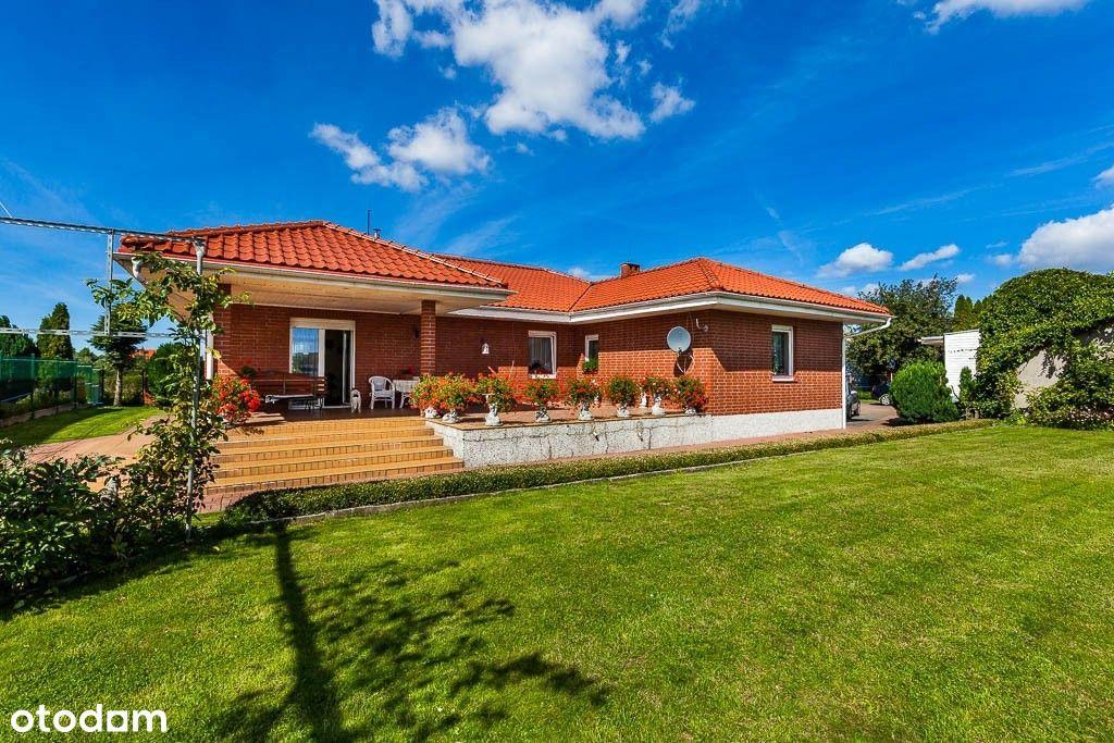 Pogórze - Bungalow dom parterowy z pięknym ogrodem