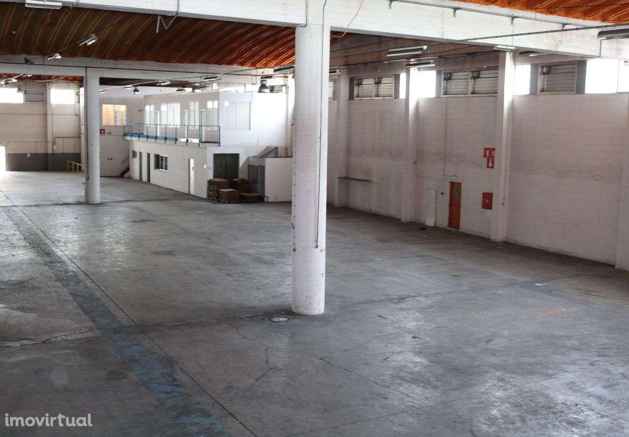 Armazém para comprar, Santa Iria de Azoia, São João da Talha e Bobadela, Lisboa - Foto 3