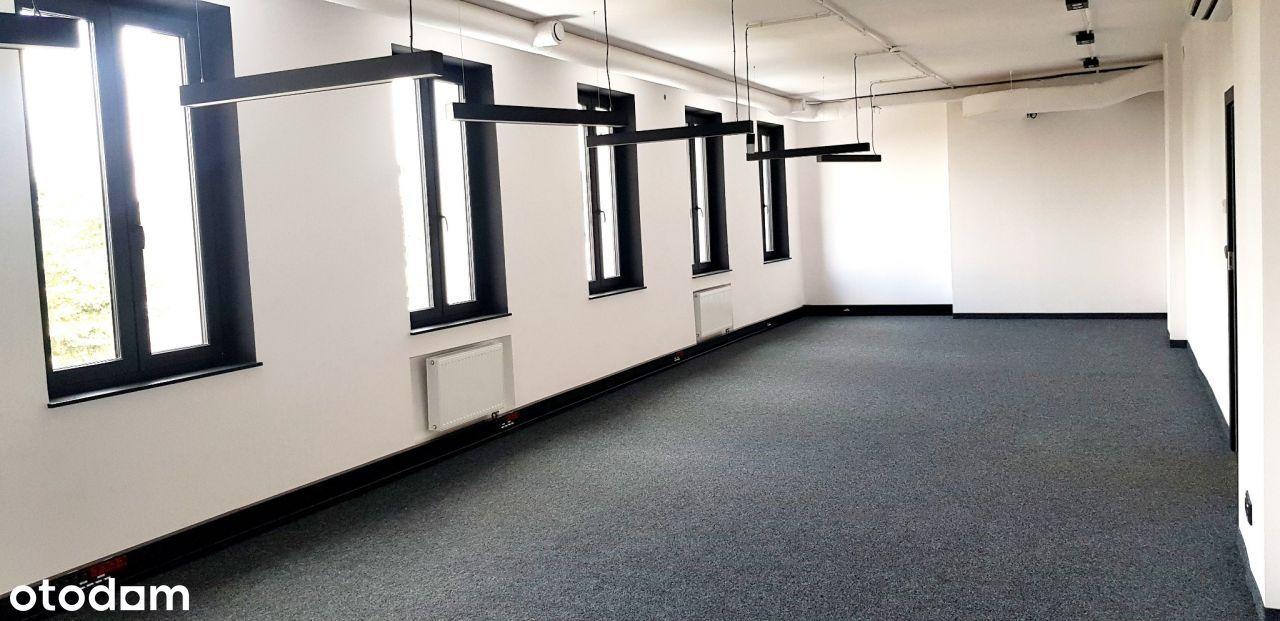 loakl do wynajecia w wyremontowanym biurowcu Skawi