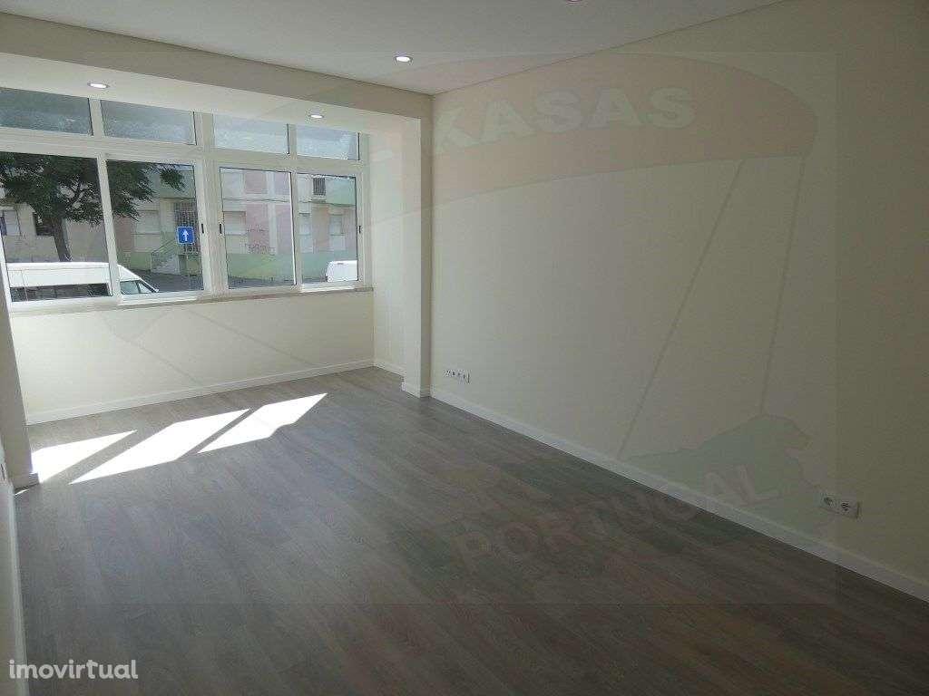 Apartamento para comprar, Rua Elias Garcia, Falagueira-Venda Nova - Foto 5