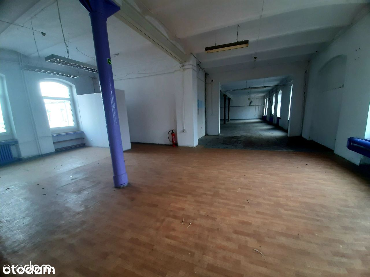 Wynajmę hale, magazyn - od 100 do 400 m2