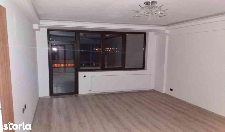 Oferta vanzare apartament 2 camere decomandat zona Coresi