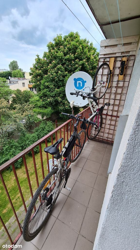 M3 Fajnie położone z balkonem do odświeżenia!