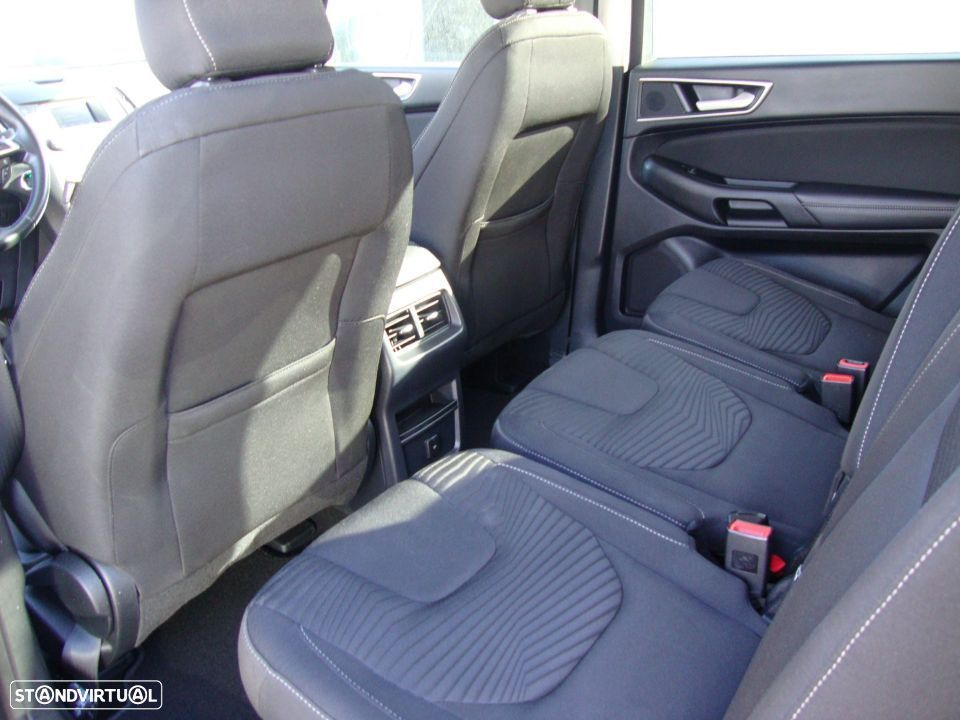 Ford S-Max 2.0 TDCi Trend - 29