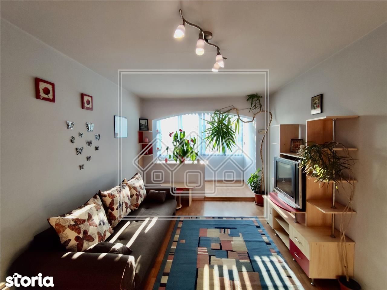Apartament 3 camere - zona Iorga scoala 6 - etaj 1