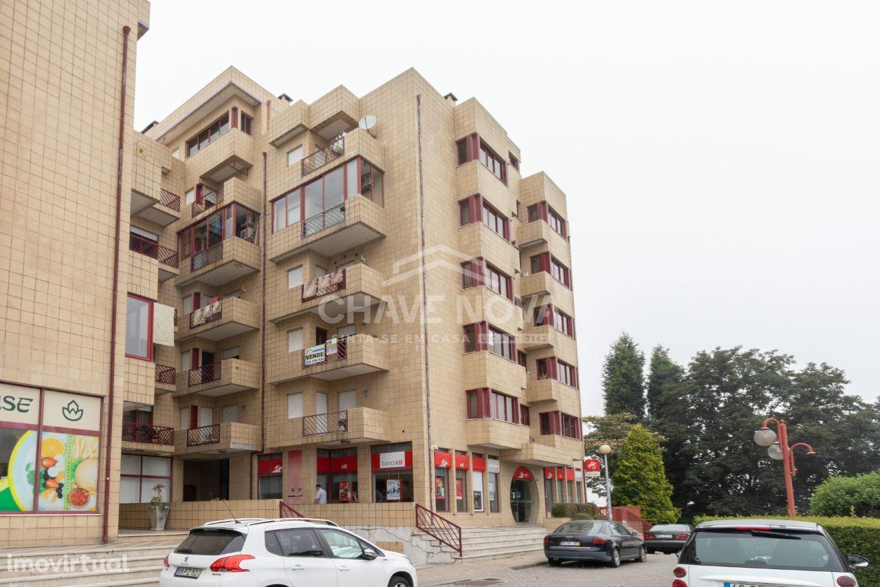 Apartamento T-3 em Lourosa na N1