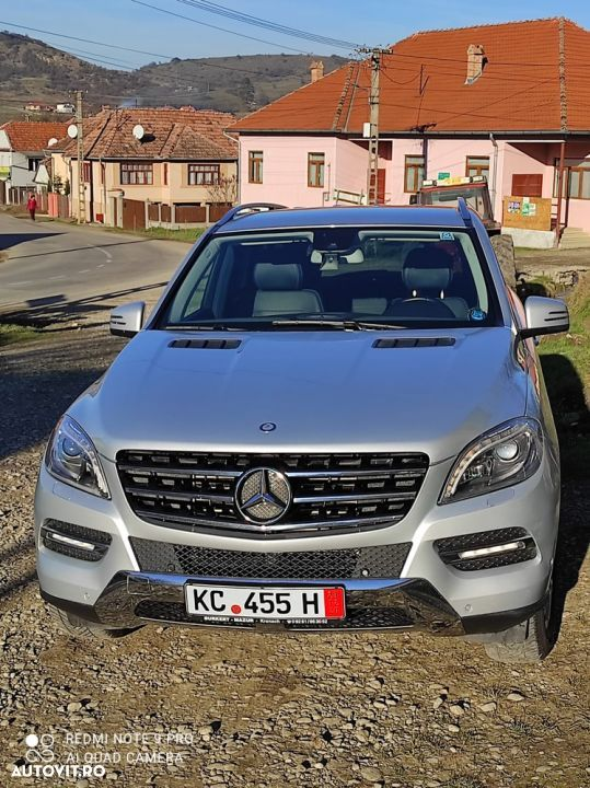 Mercedes-Benz ML 350 - 23