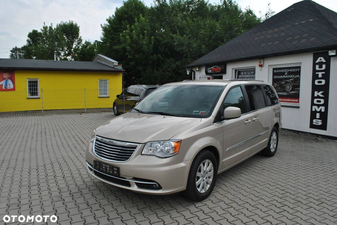 Chrysler Town & Country 3.6 Benzyna - 1