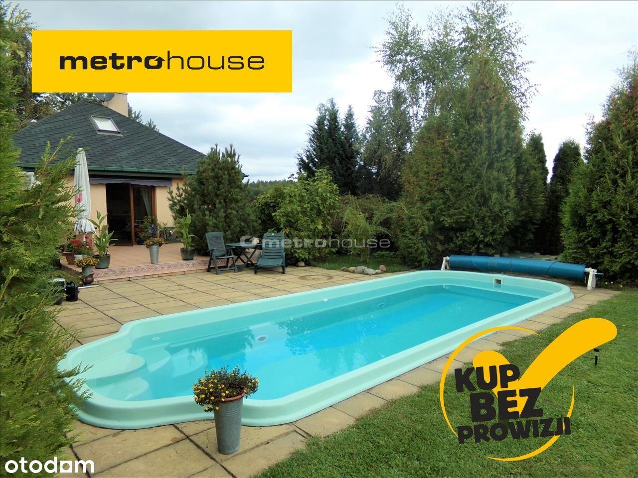 Dwa domy, basen i ogród w cenie mieszkania.