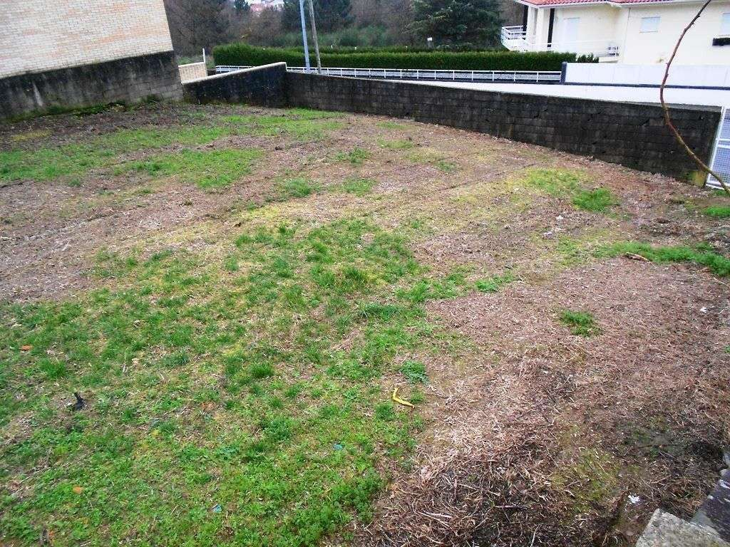 Terreno para comprar, Nogueira, Fraião e Lamaçães, Braga - Foto 2
