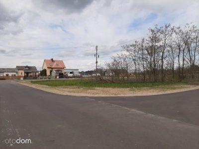 Borki ulica Polna gmina Koło asfalt
