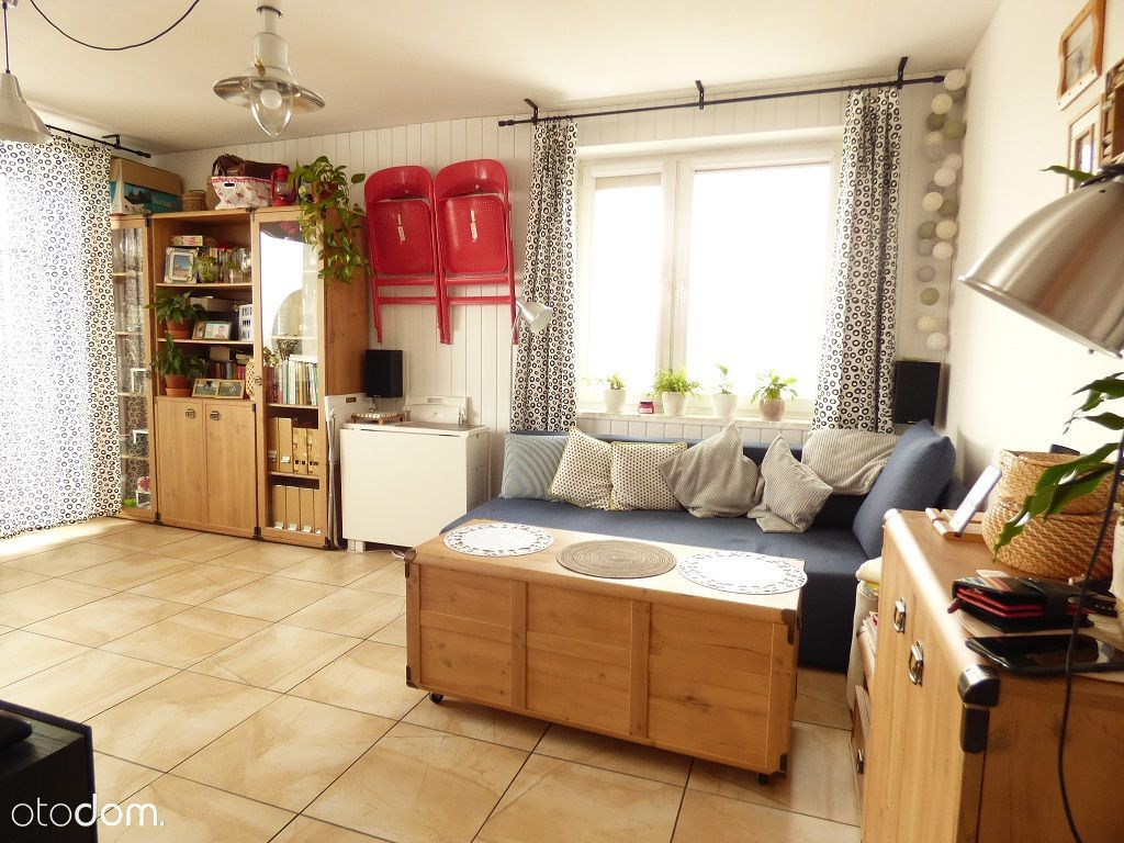 Słoneczne dwa pokoje w bloku z balkonem of. 2105M
