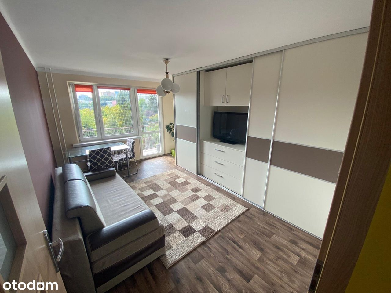 Mogilska 41m2 - 2 pokoje z osobną kuchnią + balkon