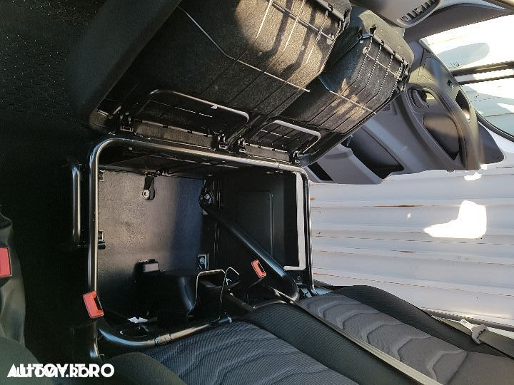 Iveco daily  cu lift - 9