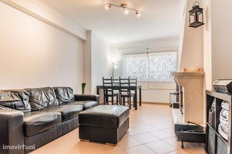 Apartamento para comprar, Rua António Aleixo, Santo António da Charneca - Foto 1