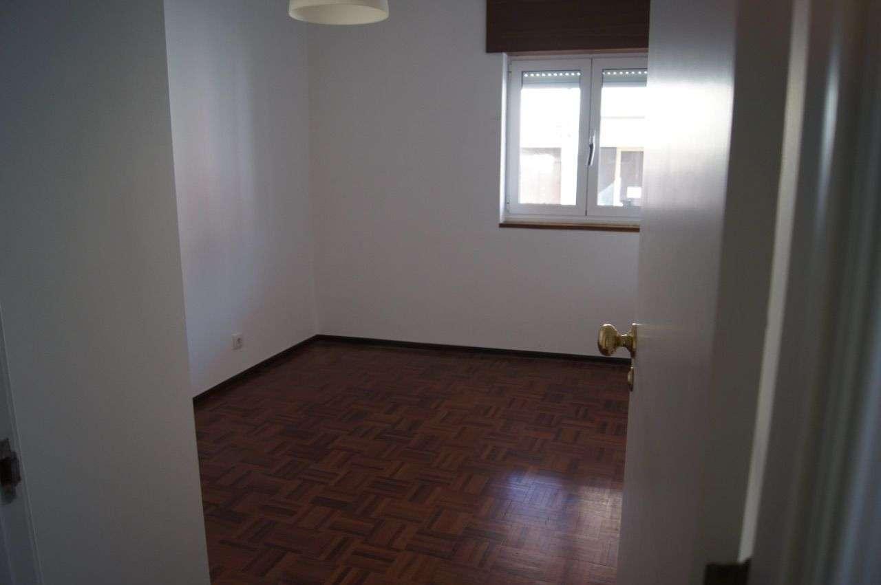 Apartamento para arrendar, Rua Francisco Duarte Pedroso, Algés, Linda-a-Velha e Cruz Quebrada-Dafundo - Foto 5