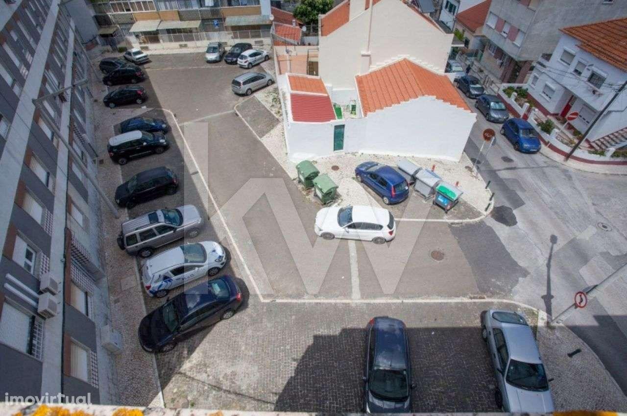 Prédio para comprar, Santa Iria de Azoia, São João da Talha e Bobadela, Loures, Lisboa - Foto 15