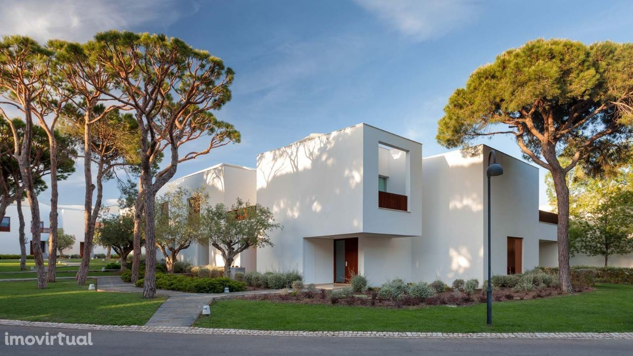 Luxury Terraced Villa in the Pine Cliffs Resort