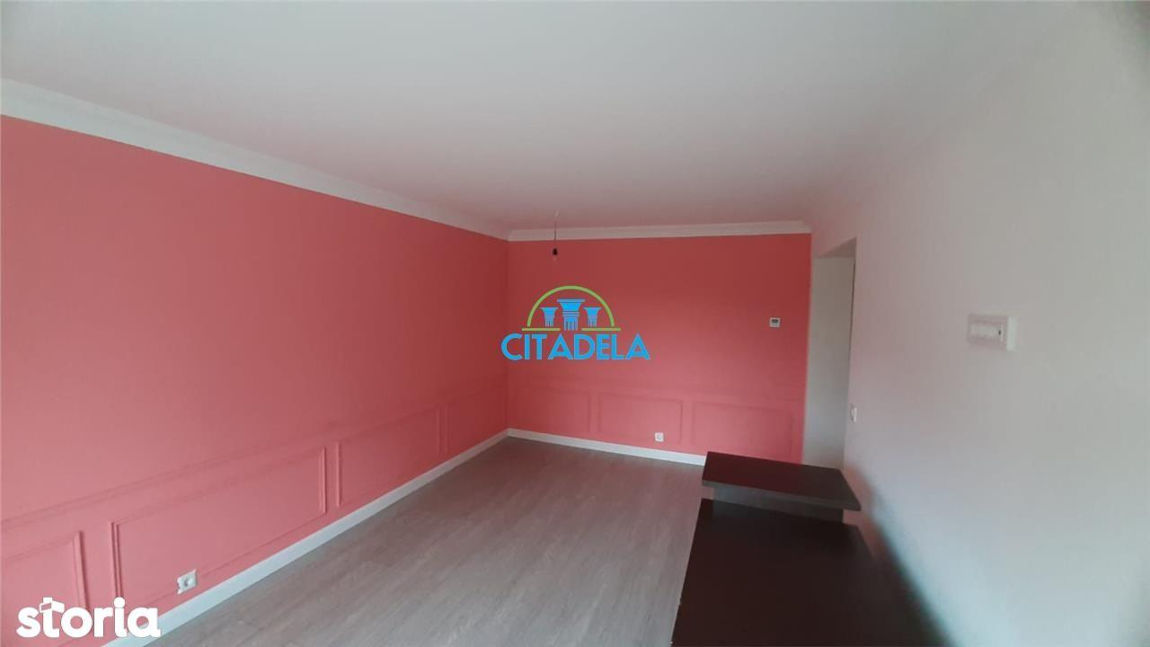Apartament 3 Camere de vanzare recent renovat, Alba-Iulia Cetate