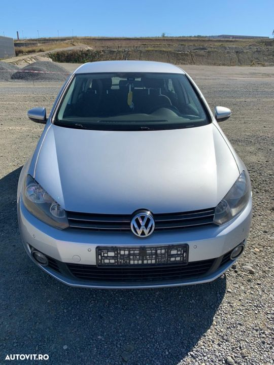 Volkswagen Golf - 9