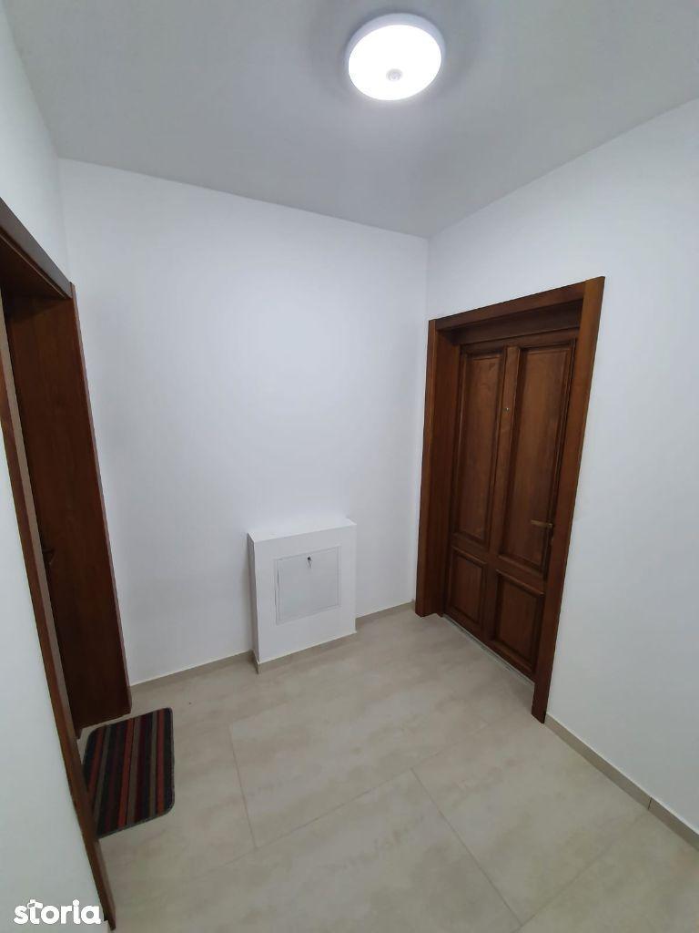 Apartament 2 cam, complet mobilat si utilat, in ESQ VILLAGE 2, etaj 2