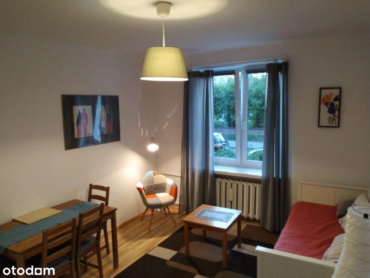 Pokój z kuchnią 31m -Stare Bielany-Kamienica-METRO