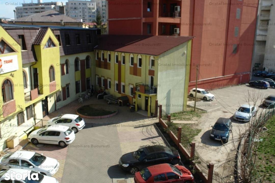 Vila cu 9 camere pe Splaiul Unirii