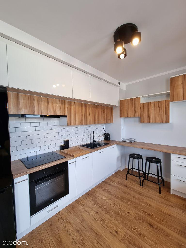 Komfortowe 2 pokojowe mieszkanie z balkonem