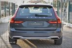 Volvo V90 Cross Country 2.0 D4 Pro AWD Geartronic - 4