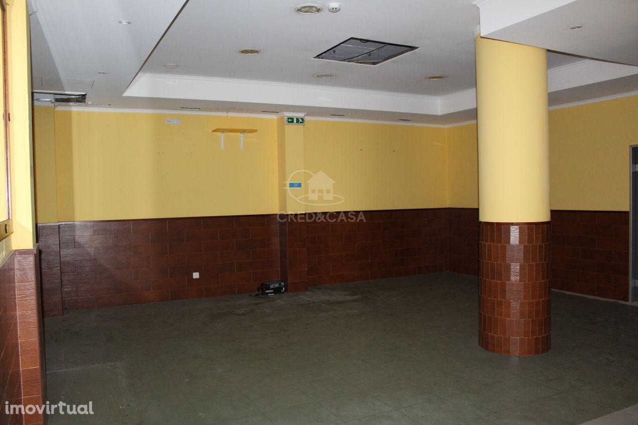 Loja para comprar, União de Freguesias da cidade de Santarém, Santarém - Foto 3