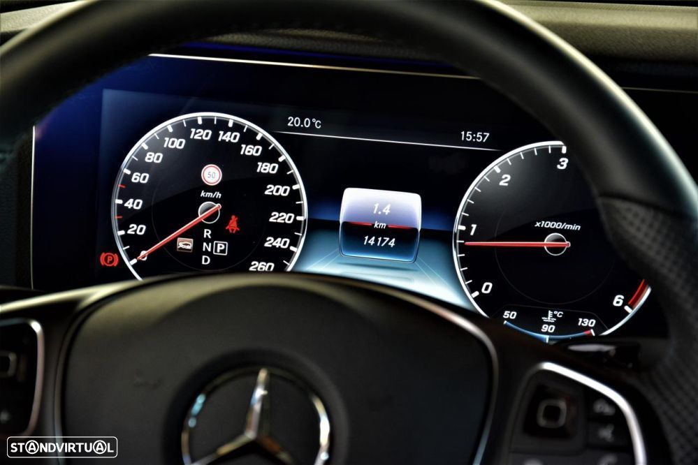 Mercedes-Benz E 220 d 4-Matic All-T.Avantgarde - 53