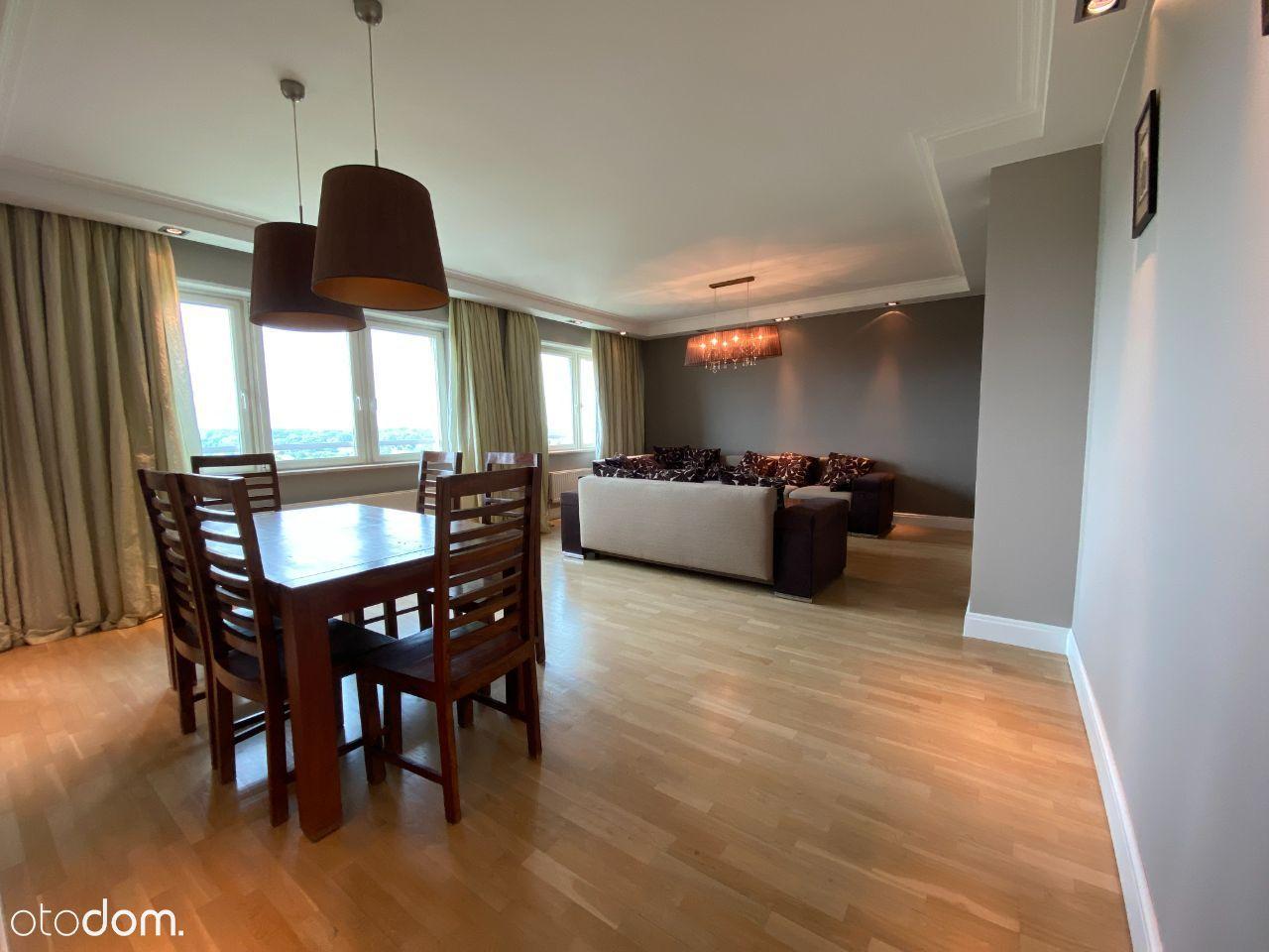 Panoramiczny oraz przestronny apartament Wilanów