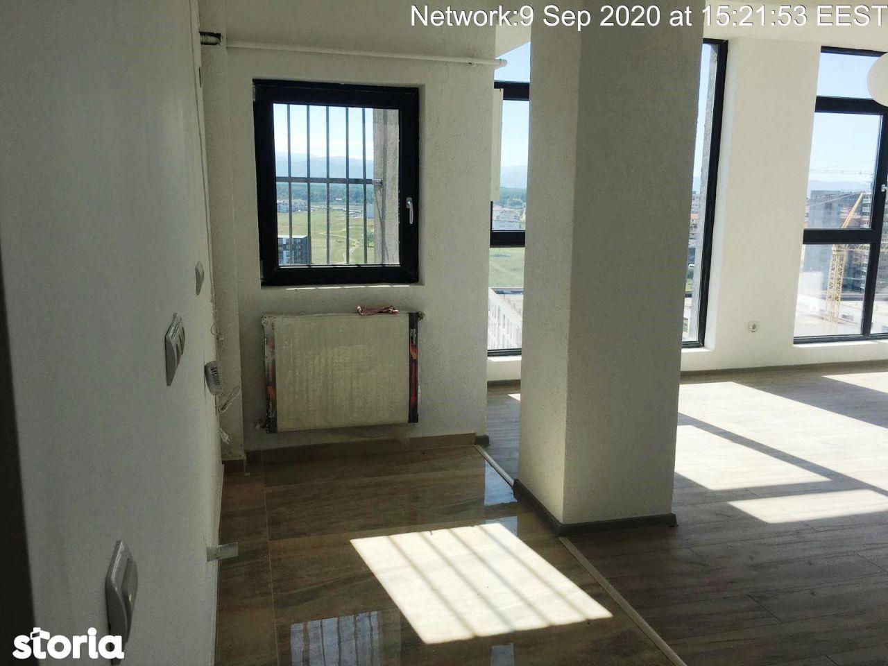 Proprietar vand apartament finisat-70000 euro-88 mp zona Mihai Viteazu