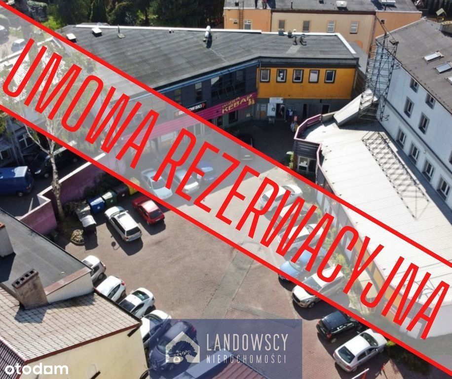 Lokal handlowy w centrum Pelplina/ parter, parking