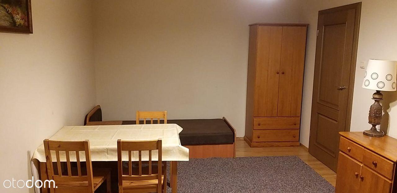 jasny pokoj 2-osobowy w mieszk. studenckim