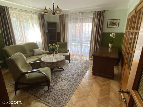 Dom, 273,26 m², Radom