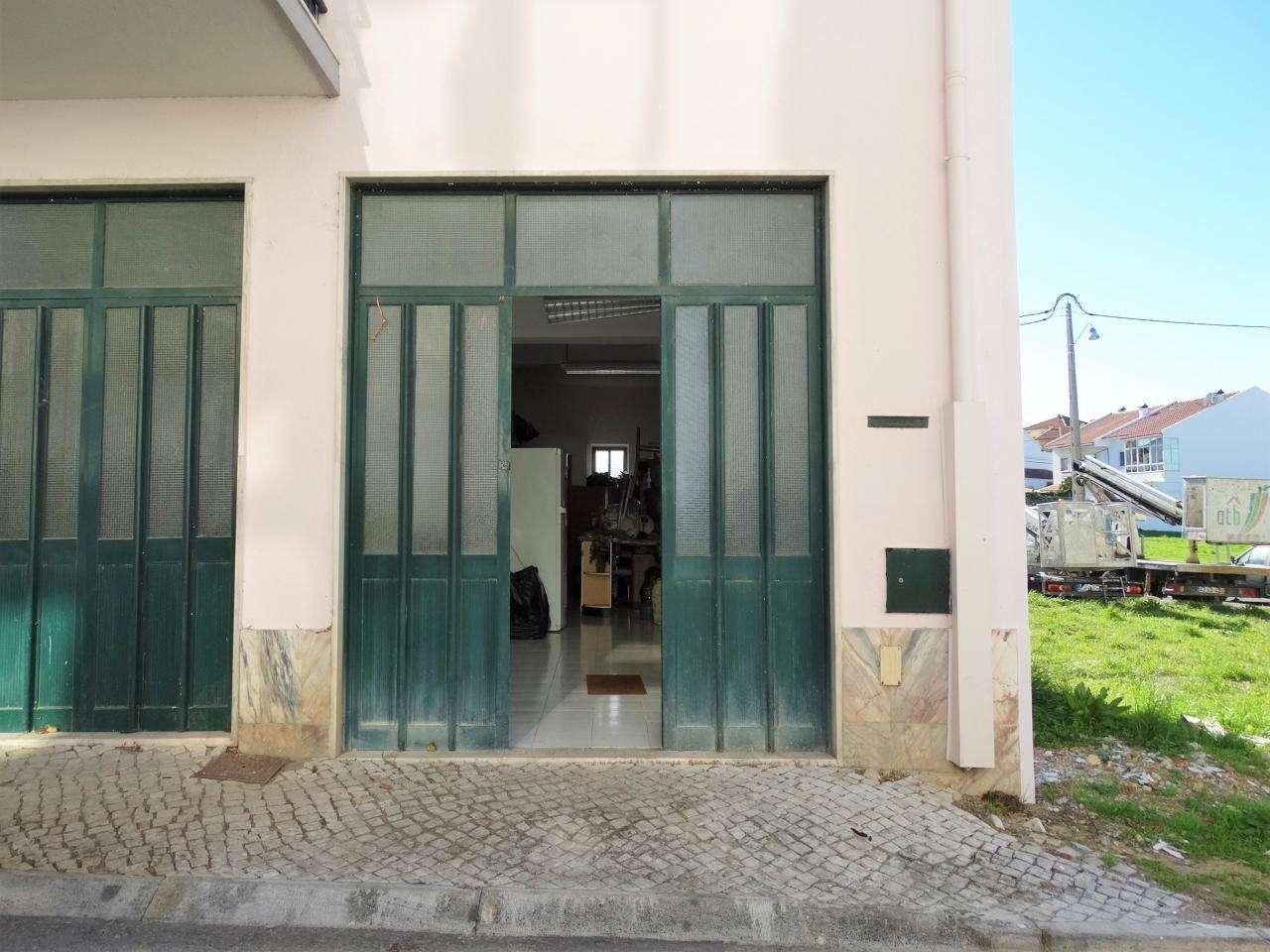 Garagem para comprar, Charneca de Caparica e Sobreda, Almada, Setúbal - Foto 1