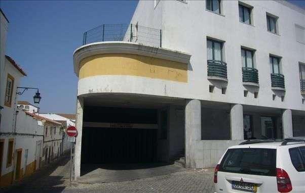 Garagem para comprar, Évora (São Mamede, Sé, São Pedro e Santo Antão), Évora - Foto 1