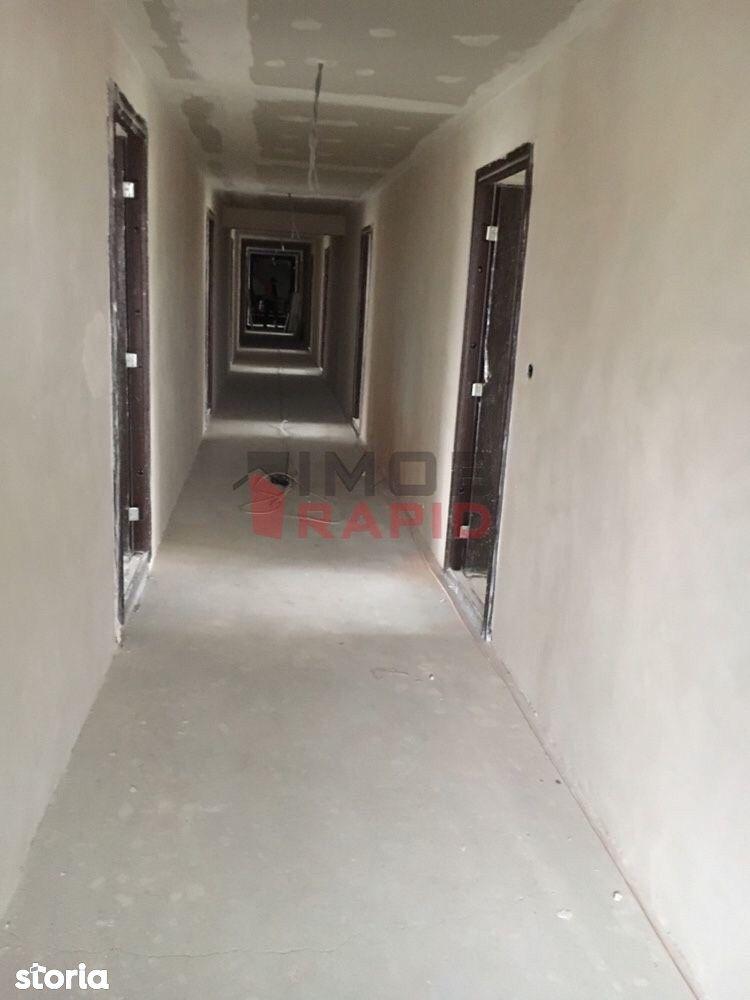 Apartamente cu 3 camere, Zona Rodnei(Gara)